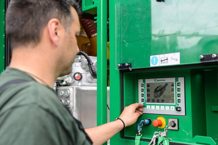 Terminator mobilny hydrauliczny napęd rozdrabniacz wstępny komptech